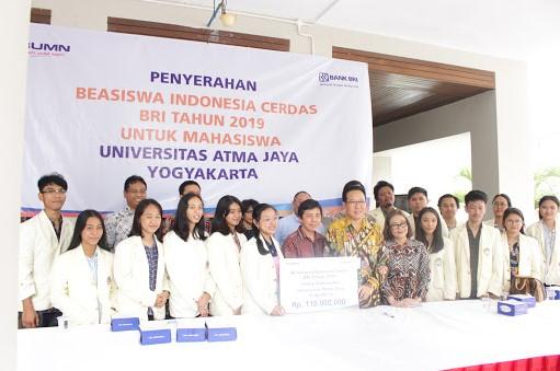 Beasiswa untuk Mahasiswa UAJY